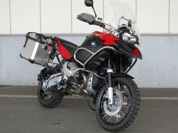 BMW-ADVENTURE-2.jpg