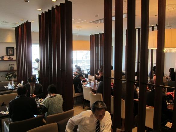 121107.丸の内・MC Cafe0031