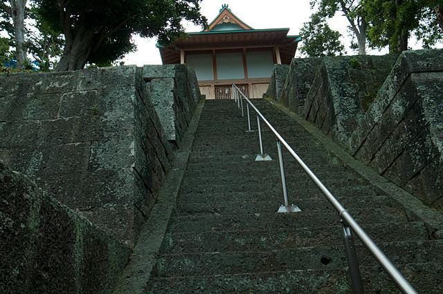 120701_003_諸石神社