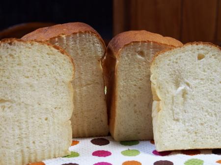 ふかふか食パン断面
