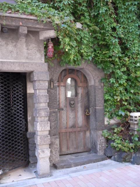 ボルドー ドア