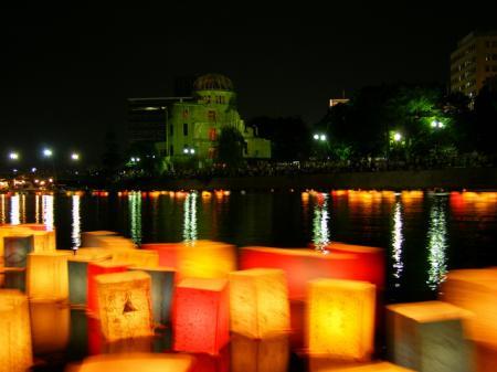 明日は、城崎灯篭流し・夢花火の最終日!