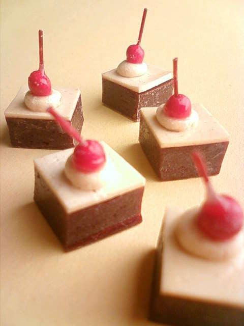 chocolate_cake_d.jpg