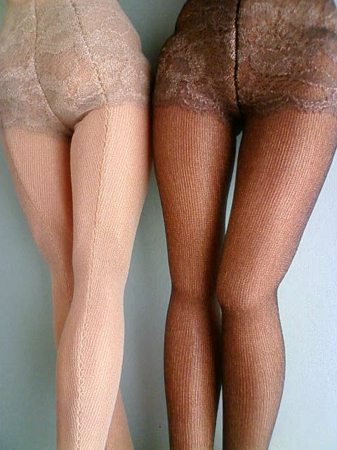 girdle_panties_stockings_pumps_a.jpg