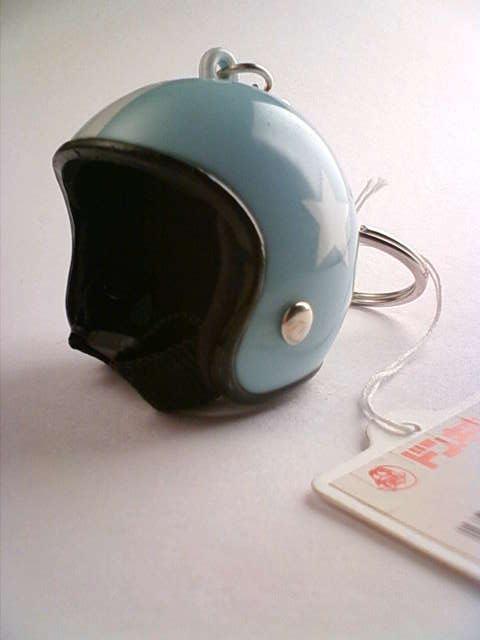 helmet_a.jpg