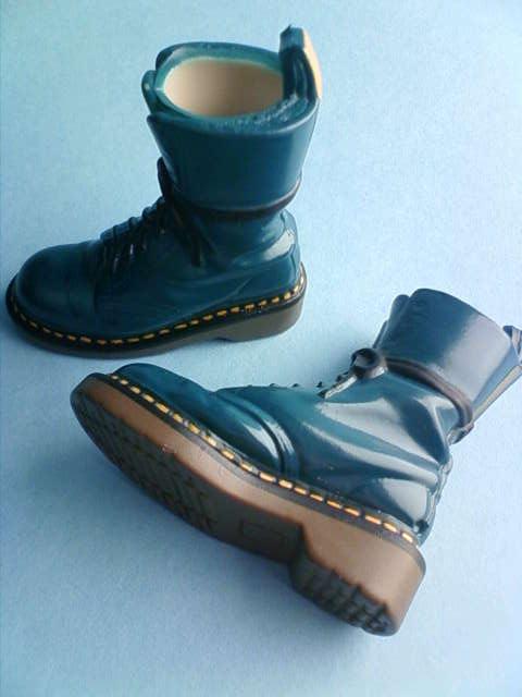 momoko_boots_b.jpg