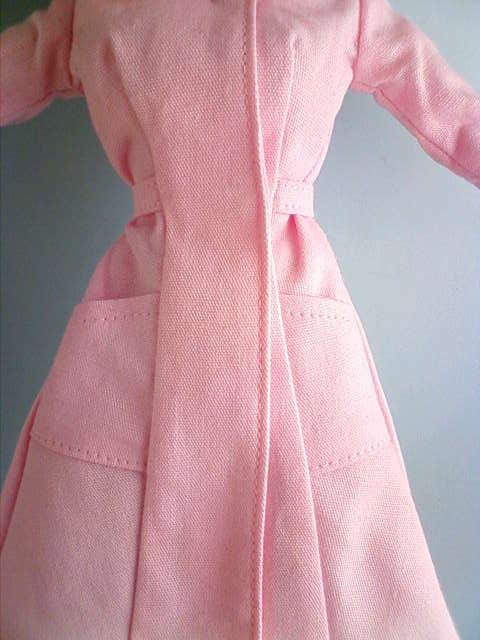 nurse_wear_pink_b.jpg