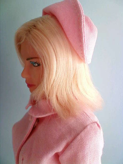 nurse_wear_pink_d.jpg