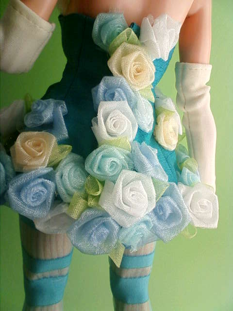 organdy_rose_dress_d.jpg