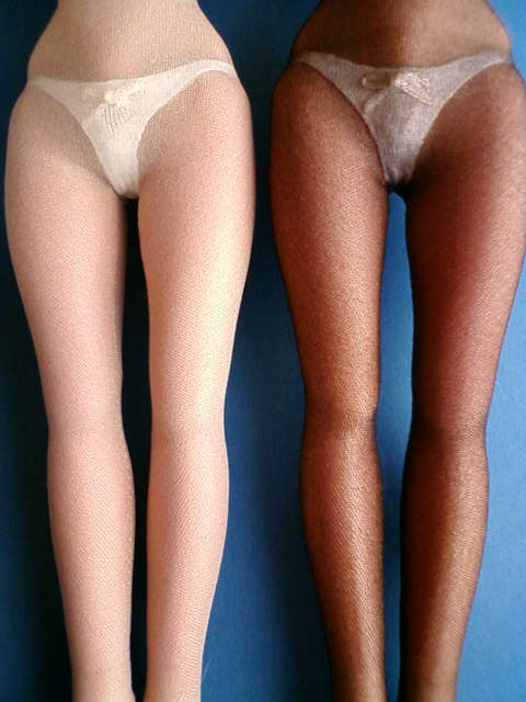 shorts_stockings_a.jpg