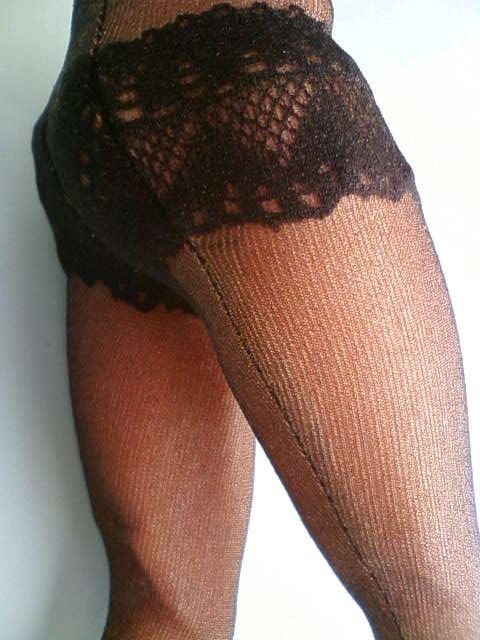 shorts_stockings_pumps_c.jpg