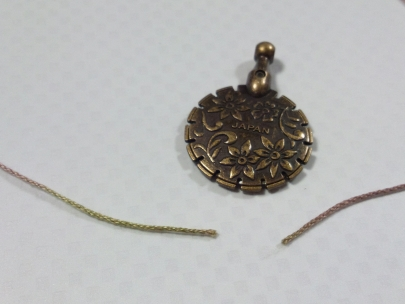 クロバー糸きりカッターの使用感写真(レース糸)
