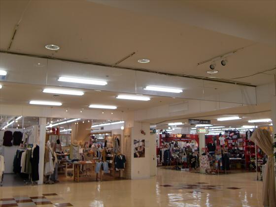 大阪京橋のダイエー04