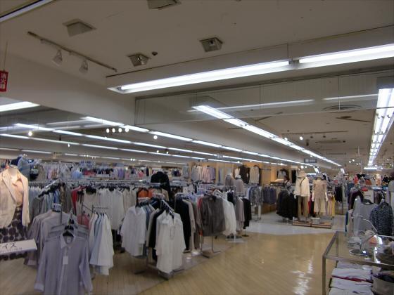 大阪京橋のダイエー06