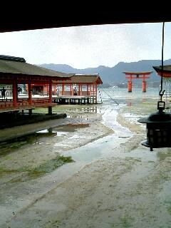 台風後厳島神社01