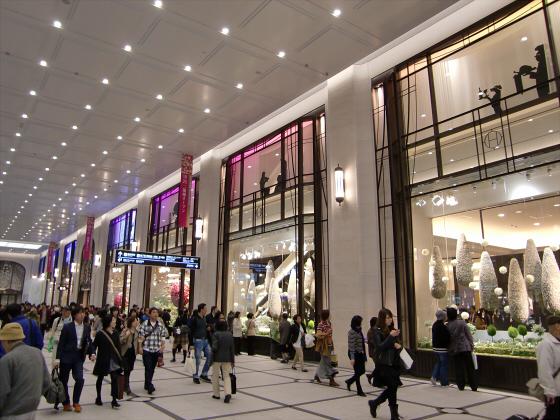 エキマルシェ大阪とか阪急の増床とか15