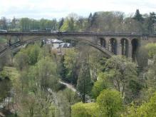 アドルフ橋