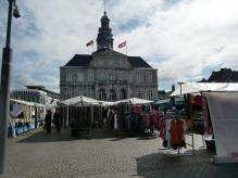 市庁舎とマルクト広場