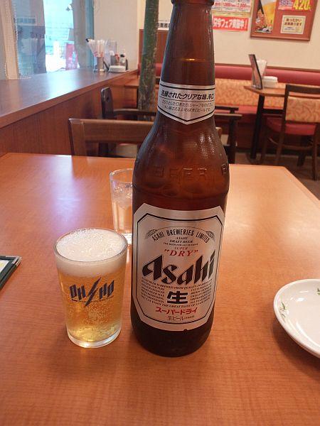 瓶ビールを (^ε^)♪