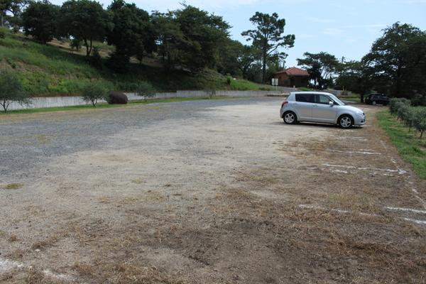 オリーブ園駐車場
