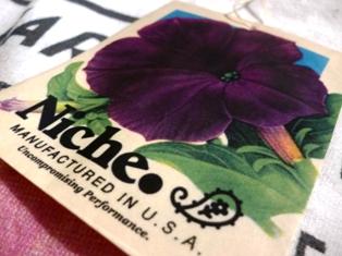 Niche Flower seeds tee