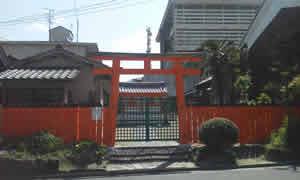 初宮神社さん