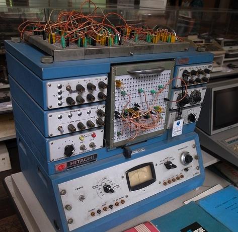 アナロク#12441;計算機