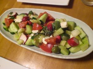 キュウリ・セロリ・トマトサラダ