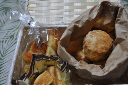 手作りパン-1