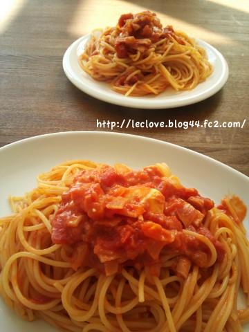 トマトソースパスタ。クリームチーズでコク増し!