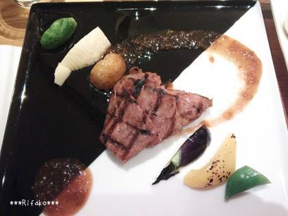 メインは甲州富士桜ポークのフィレ肉ロースト