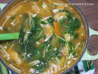 野菜タップリキムチ味噌汁