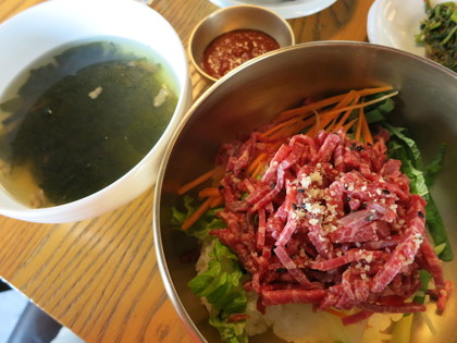 ユッケビビンバとスープ
