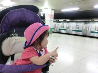 電車に喜ぶ