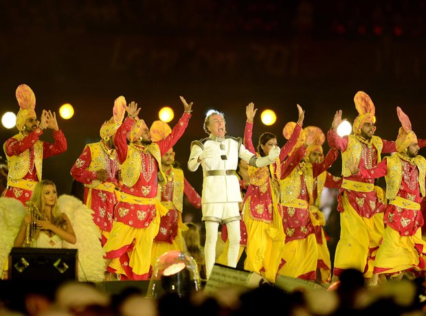 eric-idle-live-at-the-olympics-london-2012-closing-ceremony---1344812622-view-0.jpg