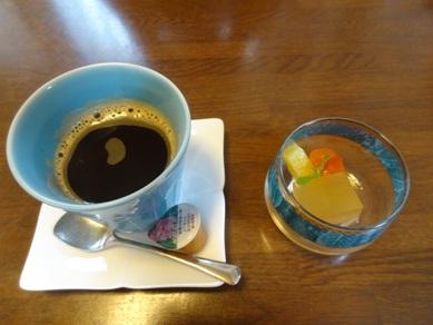 日替わりランチのデザートとコーヒー