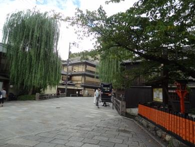 祇園白川の辺