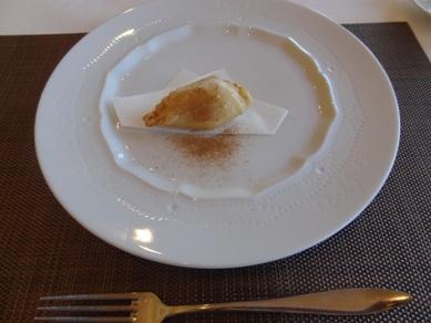 デザートのリンゴパイ