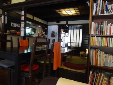 カフェ・フロッシュの店内の様子