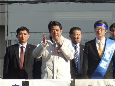 安倍総理がイトーヨーカ堂で演説6