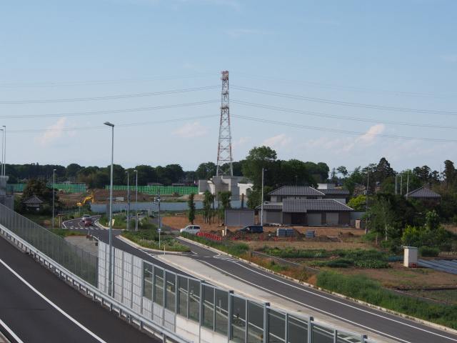 上尾道路の歩道橋から桶川インター側を。