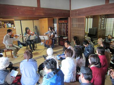 IMG_0787 ⑩ 室内の音楽会