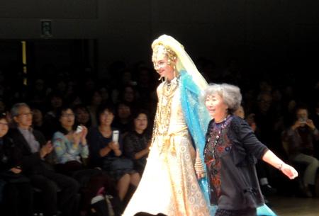 ファッションショー・TOKUKO