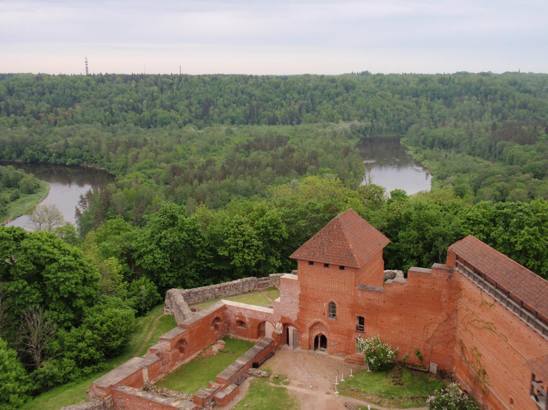 ラトビア・トゥライダ城塔から