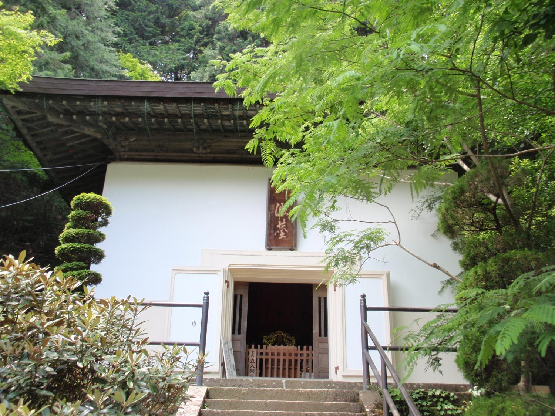 信州安楽寺・経蔵