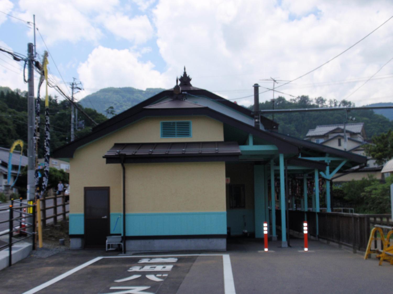 信州安楽寺・別所温泉駅