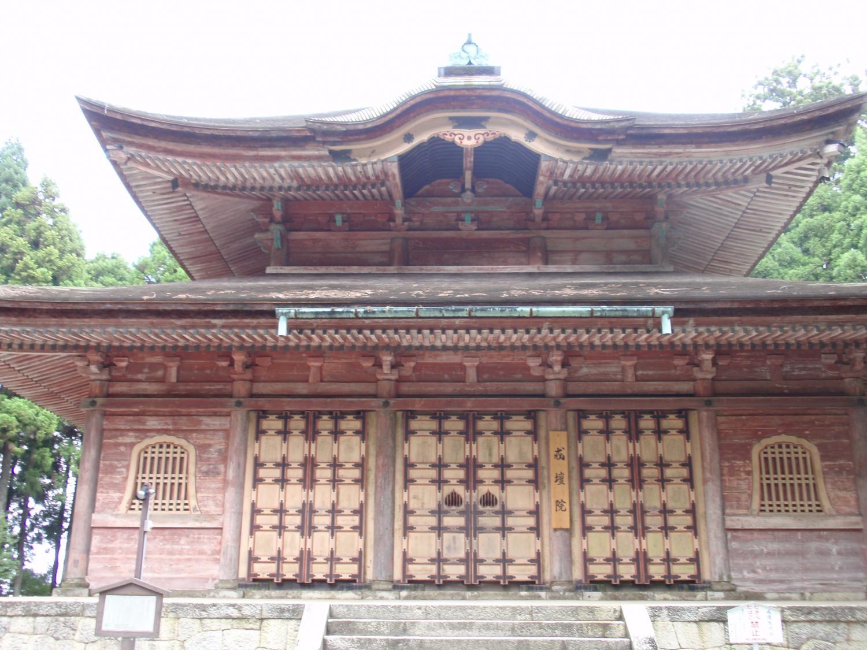 比叡山・戒壇堂