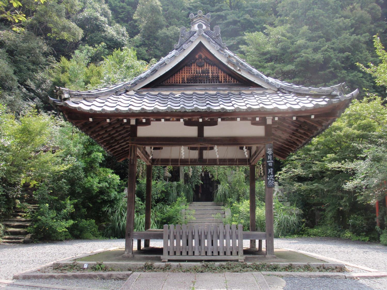 大豊神社・拝殿
