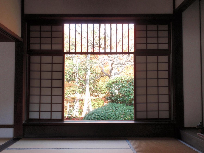 源光庵・迷いの窓