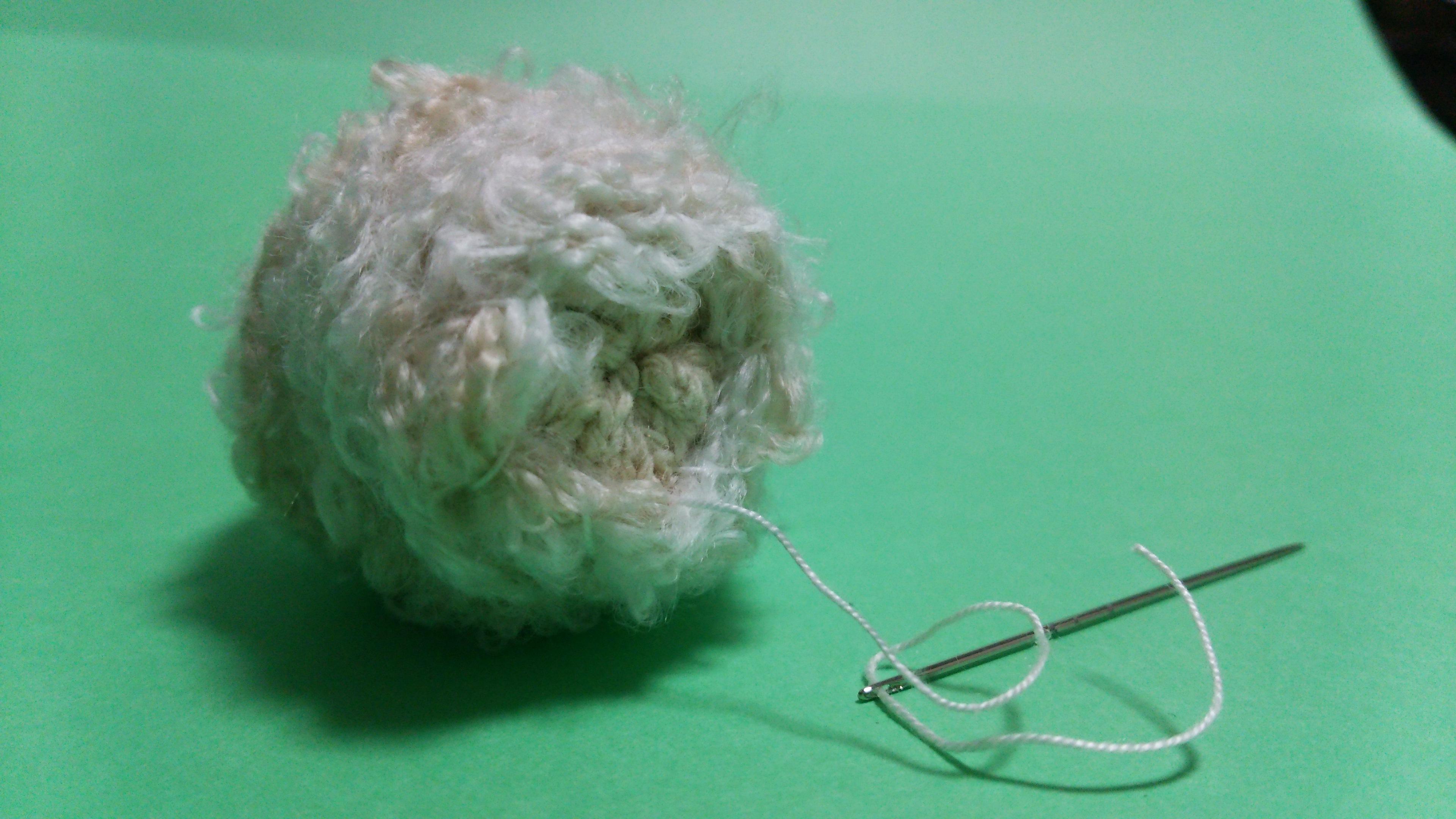 毛糸でひつじ 毛糸で巻いた後 処理後